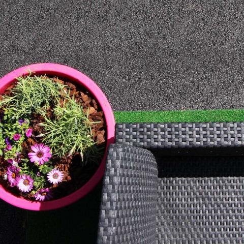 Terrasse et entrée de maison en tarmac